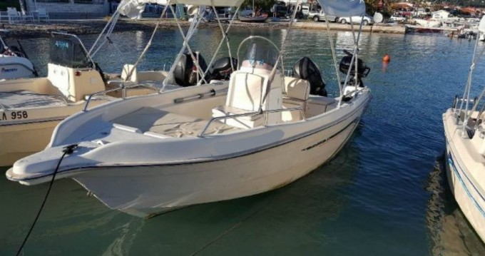 Motorboat for rent Municipal Unit of Ellomenos at the best price