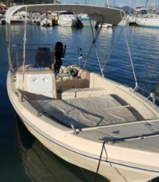 Boat rental Aptera Aptera in Nydri on Samboat