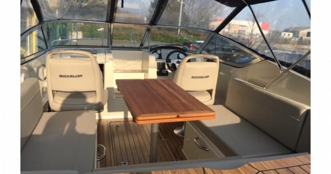 Boat rental Hyères cheap Activ 645 Cabin