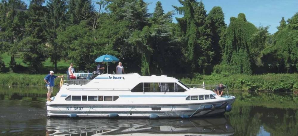 Rental yacht Carrick-on-Shannon - Crusader Crusader on SamBoat