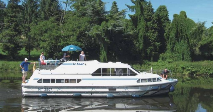 Rental Canal boat in Carrick on Shannon - Crusader Crusader