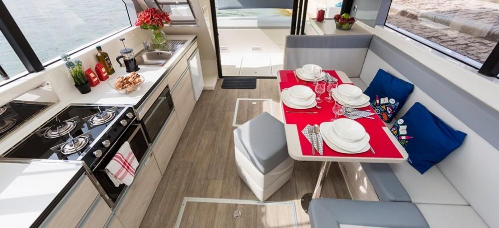 Rental yacht Staines-upon-Thames - Delphia Horizon  on SamBoat