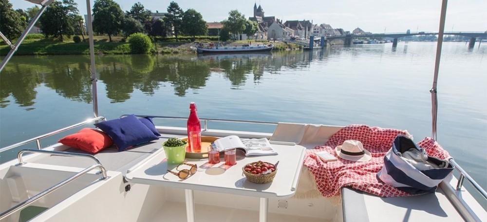 Rental Canal boat Delphia with a permit