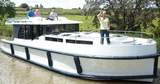 Boat rental Vinkeveen cheap Horizon 3