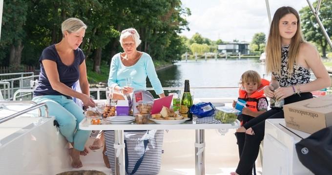 Boat rental Delphia Horizon 3 in Vinkeveen on Samboat