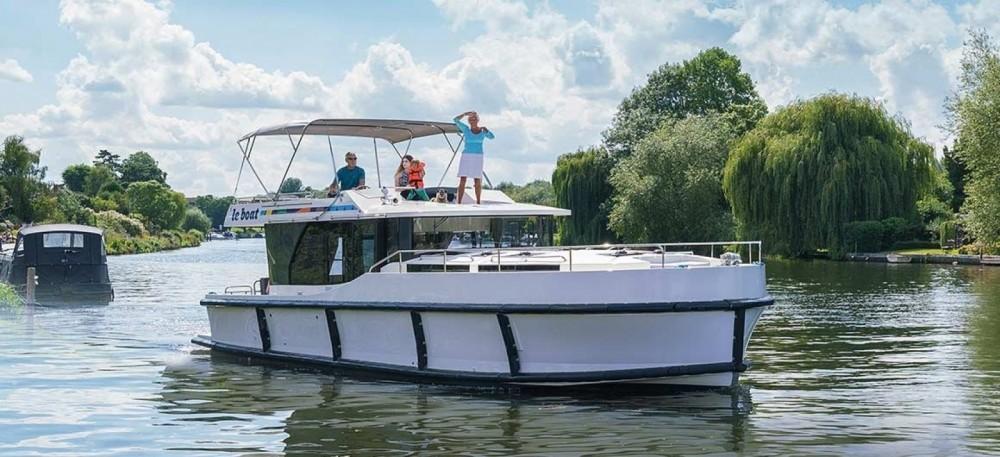 Boat rental Delphia Horizon 4 in Vinkeveen on Samboat