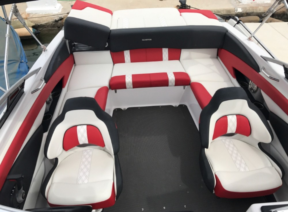 Hire Motorboat with or without skipper Glastron Ibiza