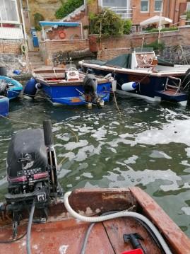 Rental Motorboat in Naples - Conplast Marlin 21