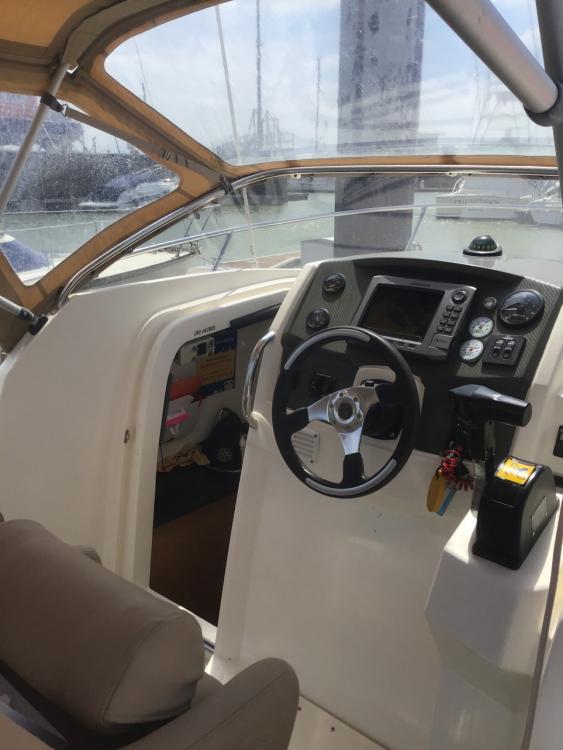 Rental Motorboat in Royan - Jeanneau Cap Camarat 7.5 WA