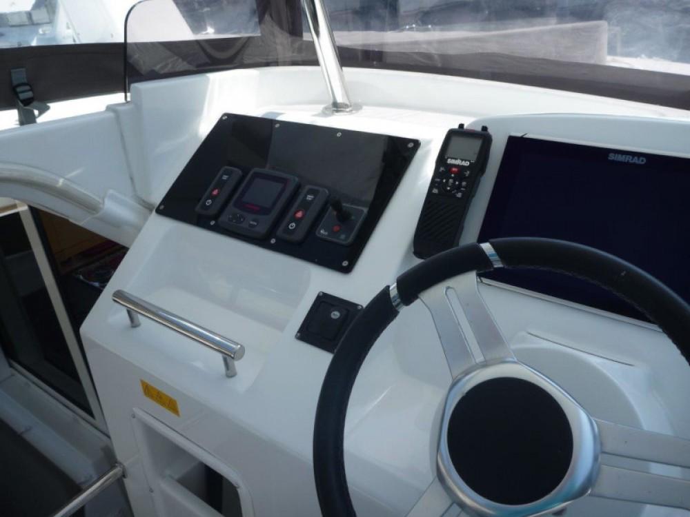 Rental yacht  - Lagoon Lagoon 40 (3+2 cab.) on SamBoat