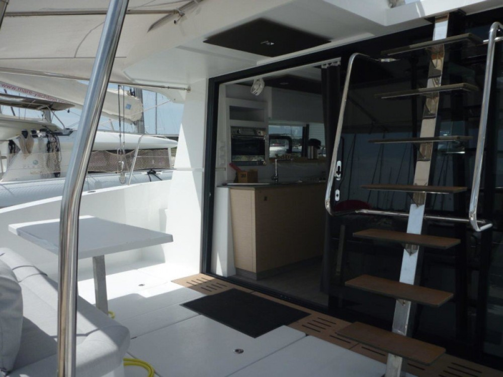 Boat rental Fountaine Pajot MY 37- 4. cab. in Šibenik on Samboat