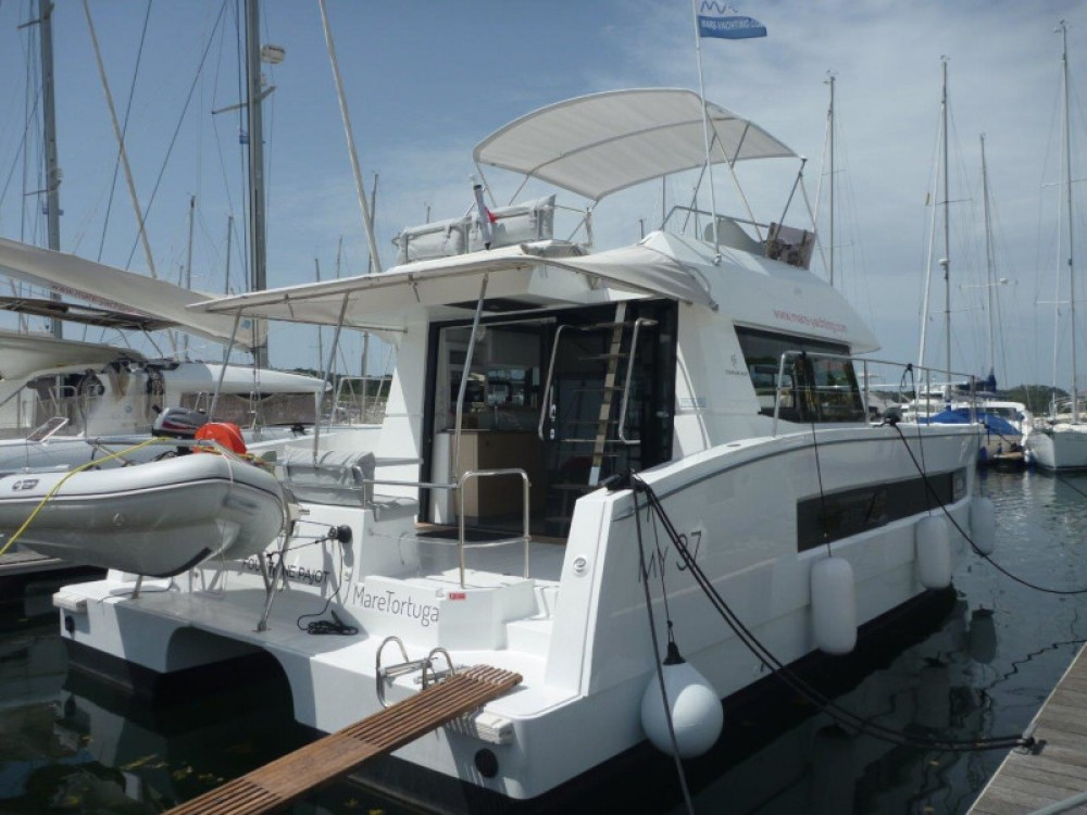 Rental Catamaran in Šibenik - Fountaine Pajot MY 37- 4. cab.
