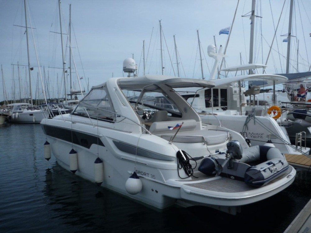 Boat rental  cheap Bavaria 35 Sport