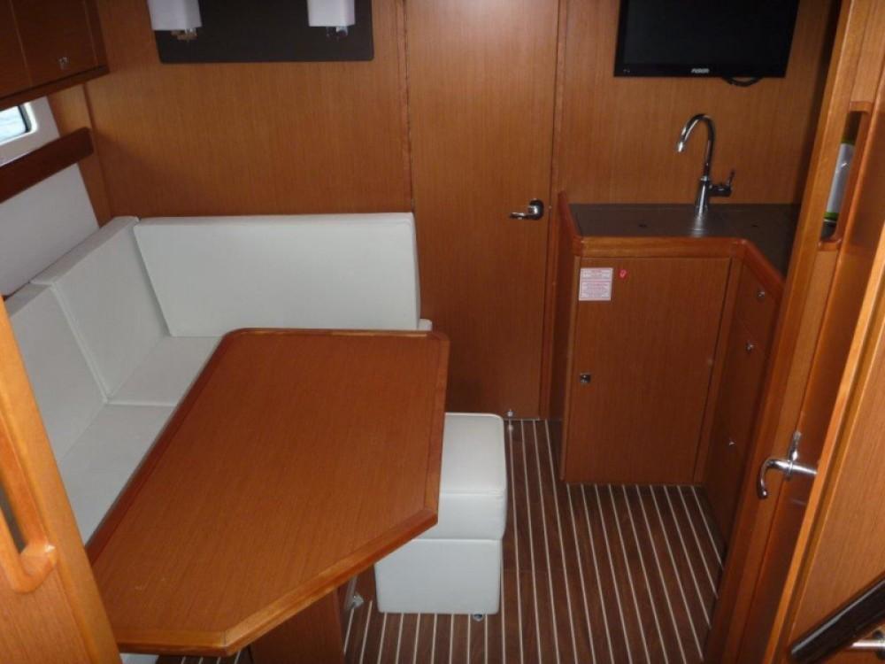 Rental yacht Šibenik - Bavaria Bavaria 35 Sport HT on SamBoat