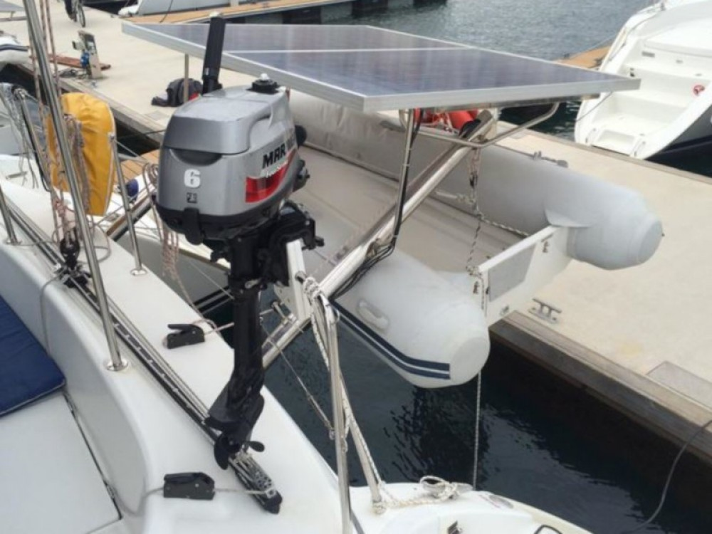 Rent a Lagoon Lagoon 380 (4+2 cab.) Šibenik