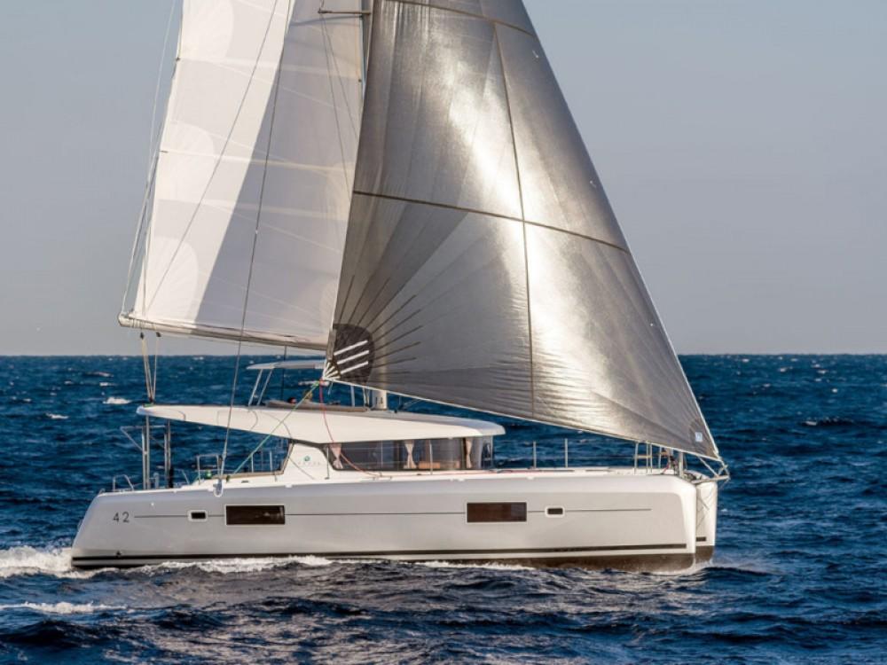 Rental yacht  - Lagoon Lagoon 42 (3+2 cab.) on SamBoat