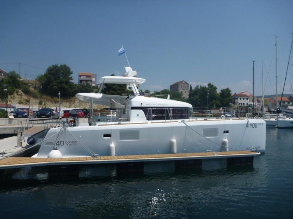 Boat rental Šibenik cheap Lagoon 40 (4+2 cab.)