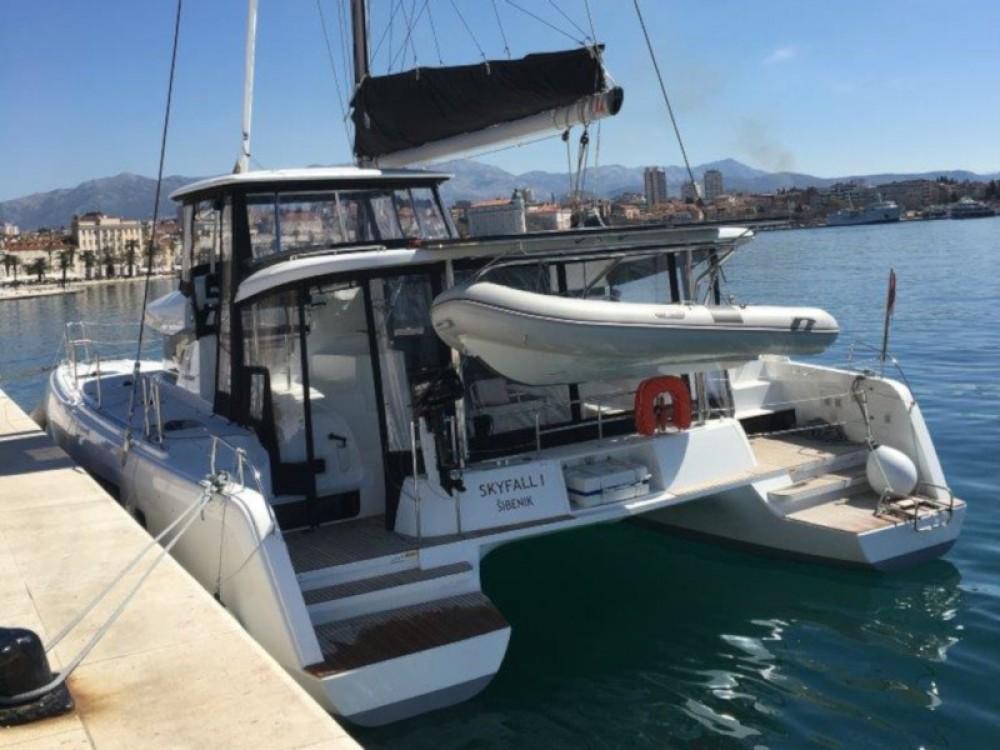 Rental Catamaran in  - Lagoon Lagoon 42 (3+2 cab.)