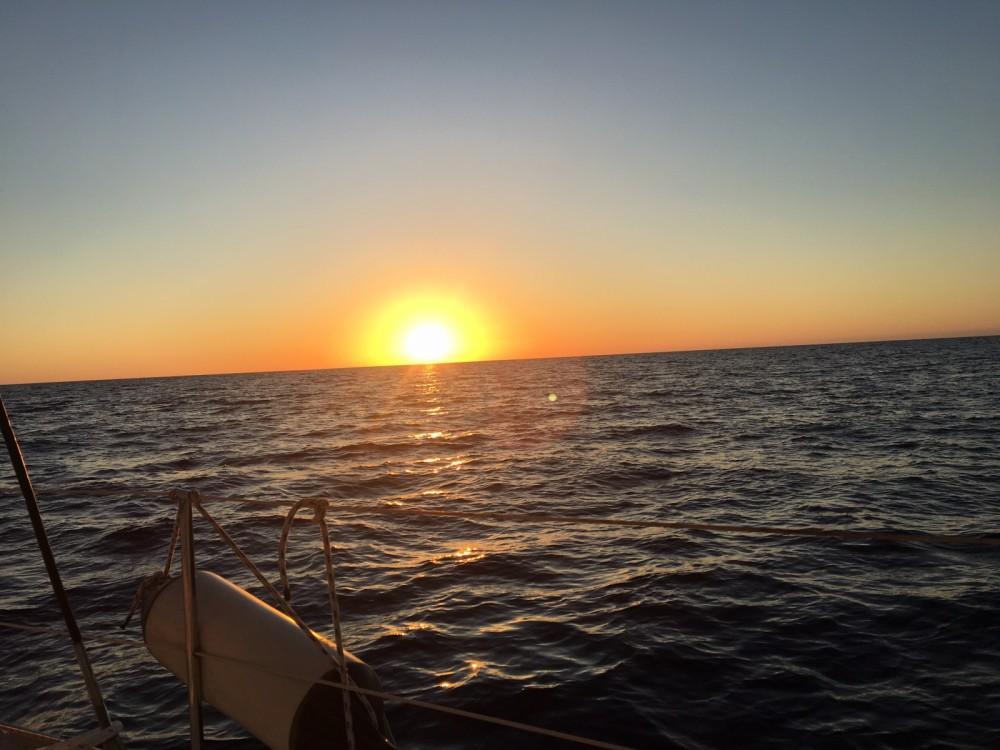 Rental Sailboat in Agde - Jeanneau Sun rise 34