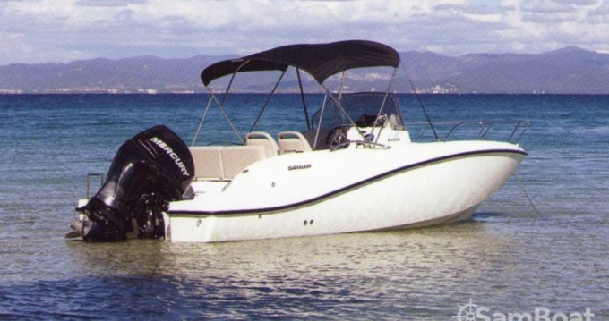 Boat rental Quicksilver Activ 675 Open in Mandelieu-la-Napoule on Samboat