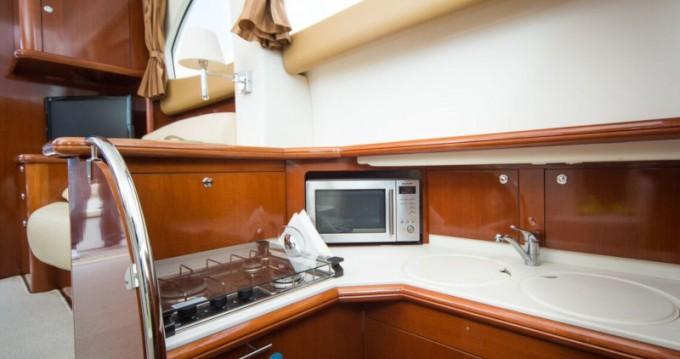 Boat rental Jeanneau Prestige 36 in Dubrovnik on Samboat