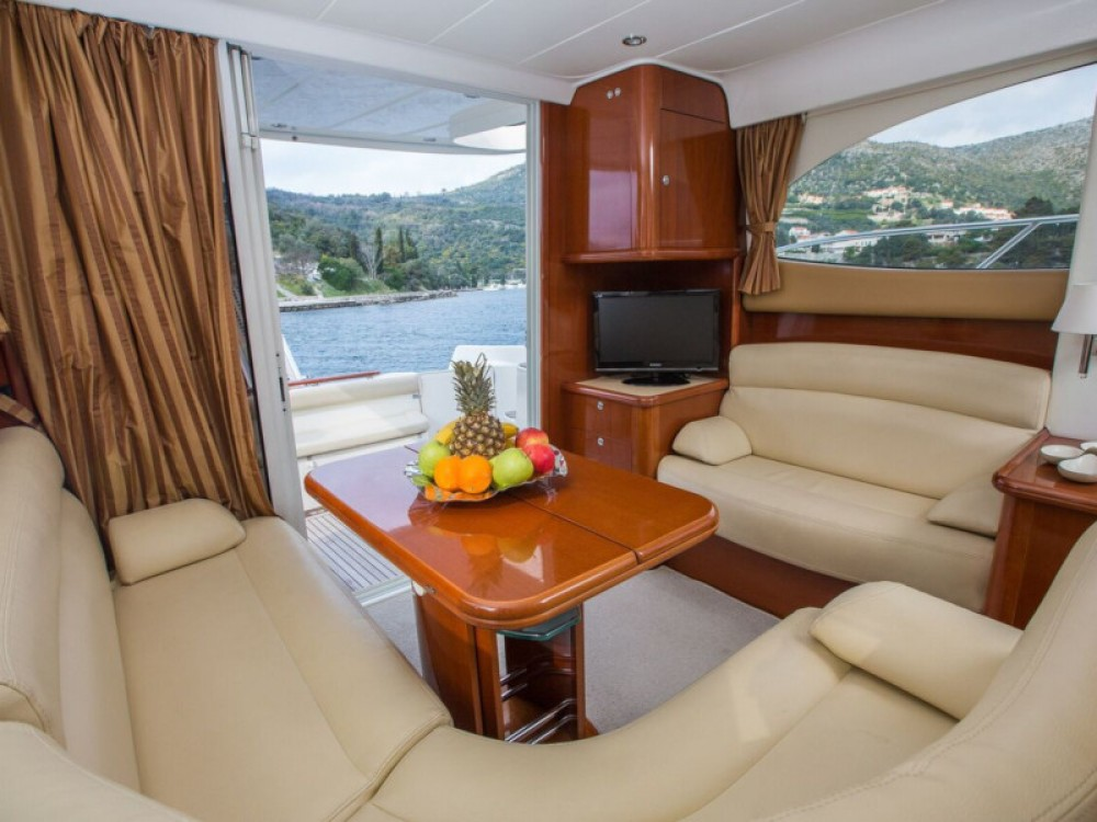Jeanneau Prestige 36 between personal and professional Dubrovnik