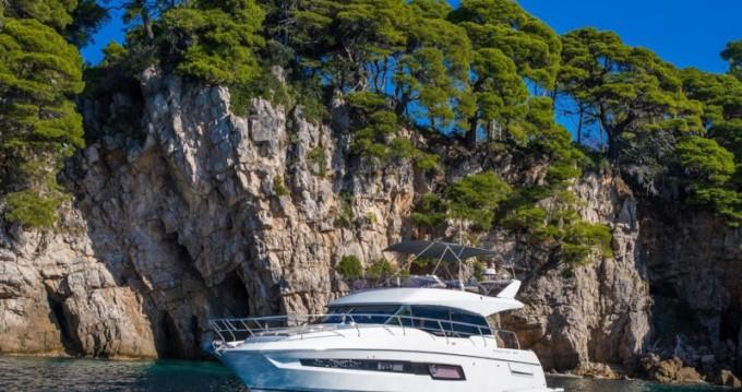 Boat rental Dubrovnik cheap Prestige 460