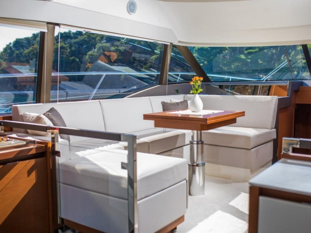 Rental Motorboat in Komolac - Jeanneau Prestige 460