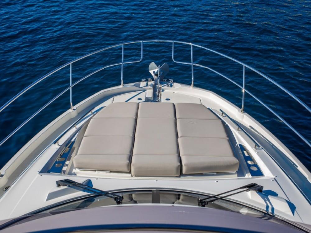 Boat rental Jeanneau Prestige 460 in Komolac on Samboat
