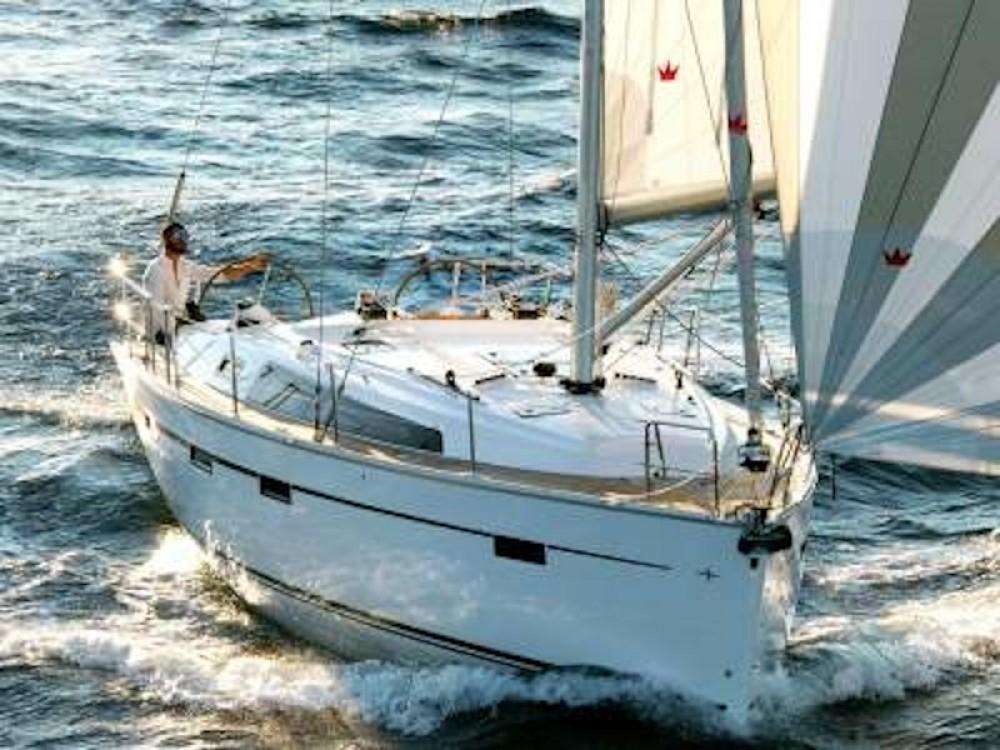 Rental Sailboat in Greece - Bavaria Bavaria 41