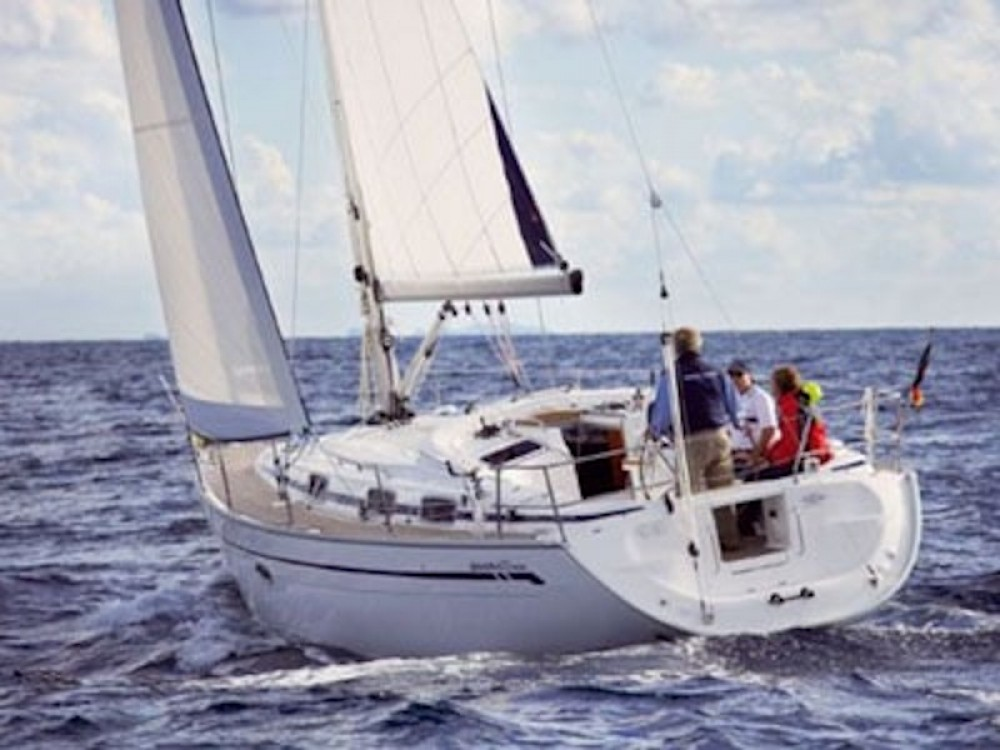 Rental yacht Greece - Bavaria Bavaria 37 on SamBoat
