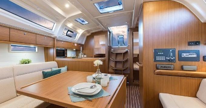 Boat rental Agia Efimia cheap Bavaria 37