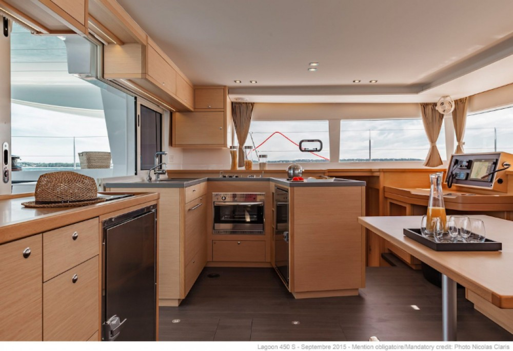 Rental yacht Port Elizabeth - Lagoon Lagoon 450 on SamBoat