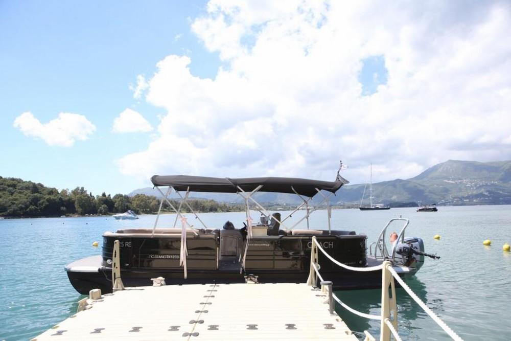 Rental yacht Καλαφατιώνες - Pontoon South Bay 525E on SamBoat