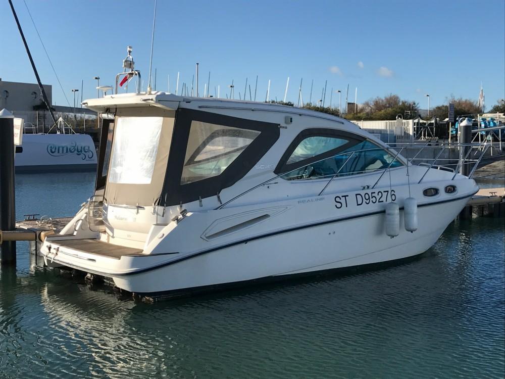 Rental yacht Marseille - Sealine Sealine SC 29 on SamBoat