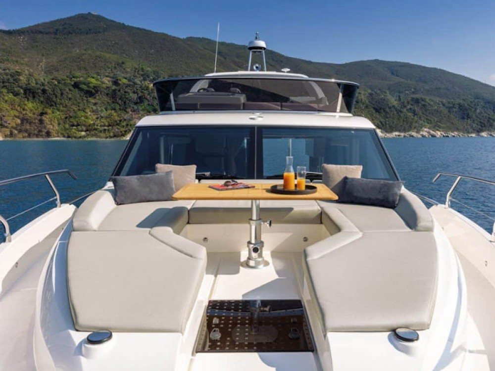 Absolute Absolute 47 Fly between personal and professional Šibenik