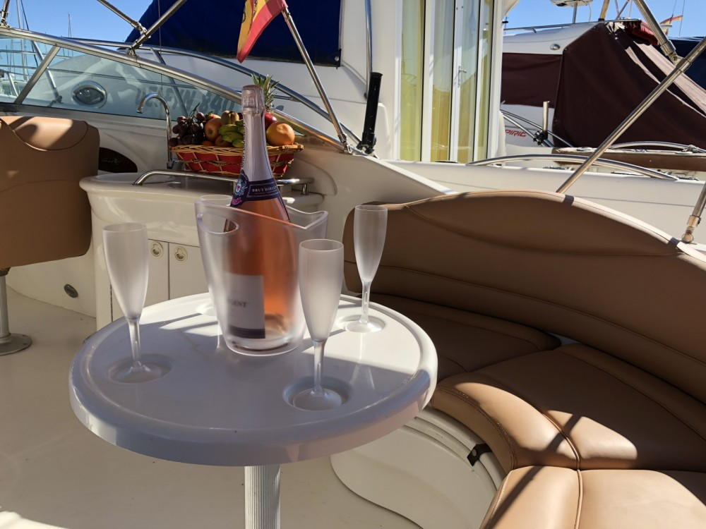 Rental Motor boat in Marbella - Sea Ray Sea Ray 280