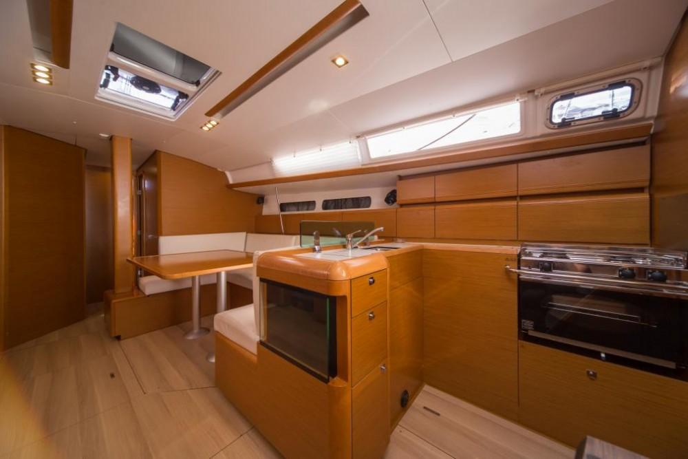 Boat rental La Spezia cheap Sun Odyssey 449