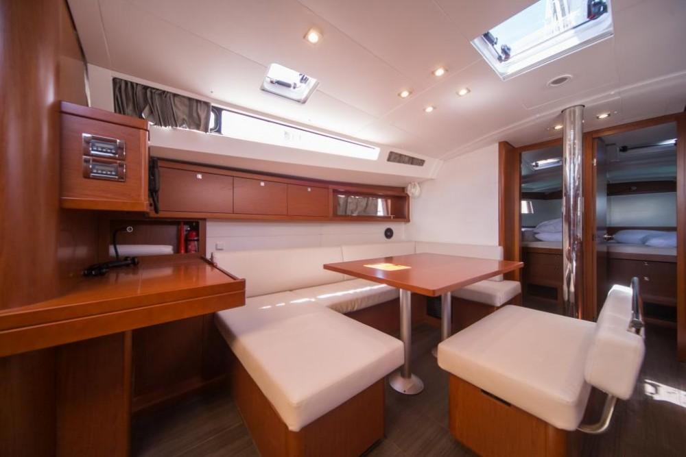Boat rental La Spezia cheap Oceanis 48