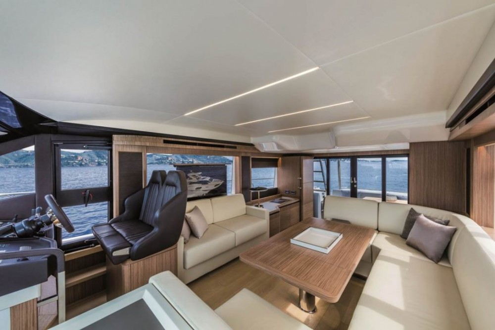 Absolute Absolute 52 Fly between personal and professional Palma