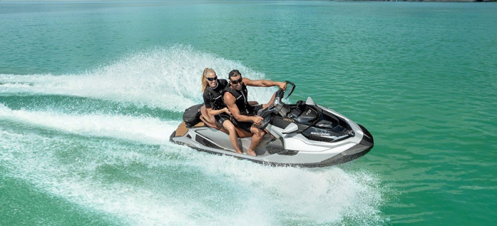 Jet Ski for rent Grimaud at the best price
