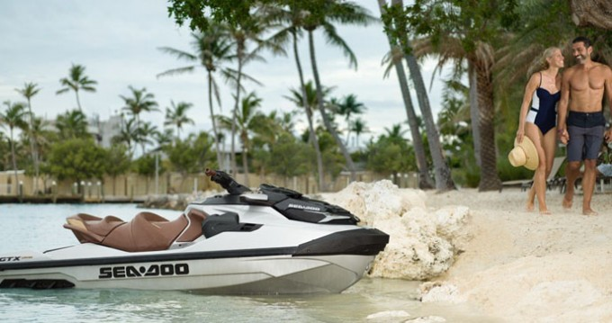 Hire Jet Ski with or without skipper Sea-Doo Port Grimaud
