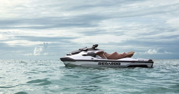 Boat rental Port Grimaud cheap GTX LIMITED