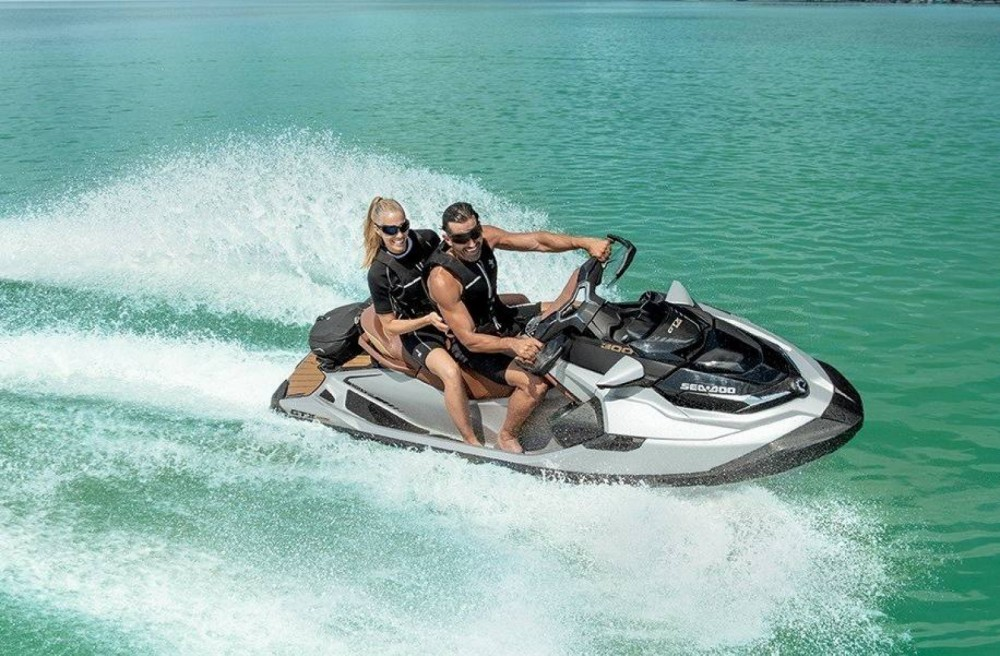 Boat rental Grimaud cheap GTX LIMITED