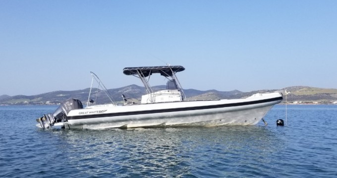 Great White 10M Faethon 900 between personal and professional Paros Island