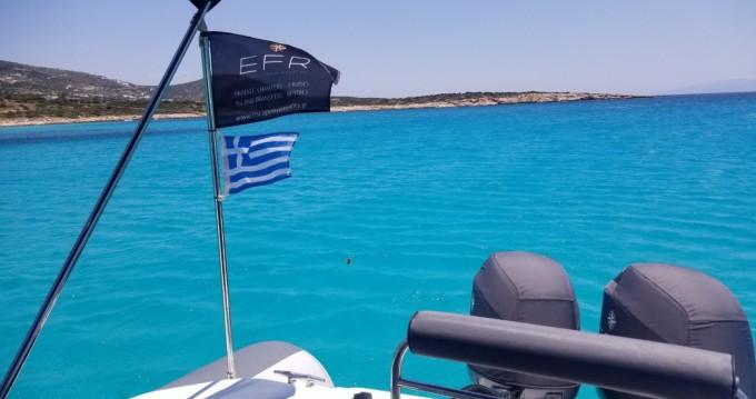 Rental yacht Paros Island - Great White 10M Faethon 900 on SamBoat