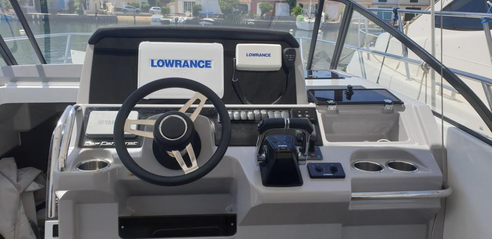 Rental Motorboat in Grimaud - Jeanneau Cap Camarat 10.5 WA