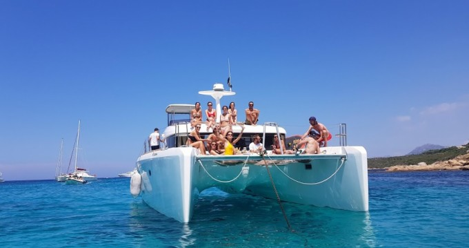 Boat rental Cannes cheap Lagoon 40 Motor Yacht