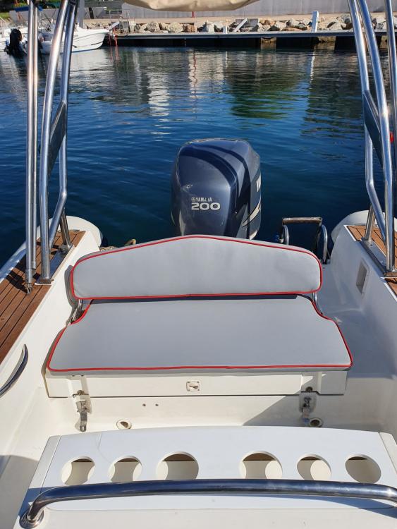 Boat rental Capelli Tempest 690 in Propriano on Samboat