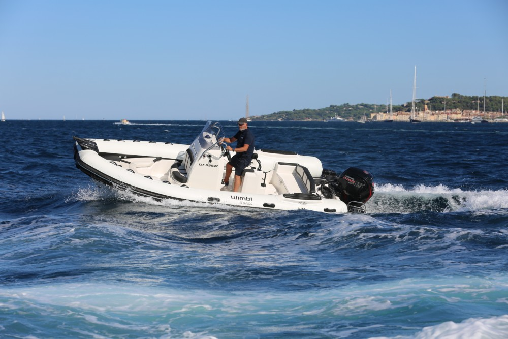 Wimbi Boats W6 between personal and professional Grimaud